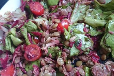 ŠOŠOVICOVÝ ŠALÁT S TUNIAKOM (obed, večera)